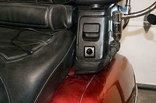 Photo of the Gold Wing VAM passenger control mounted on a GL-1800